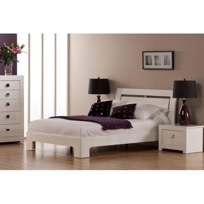 World Furniture Bari High Gloss White Double Bed Furniture123